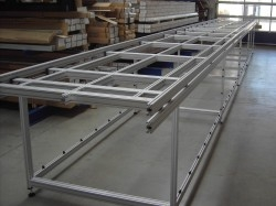 machine frame built with aluminum